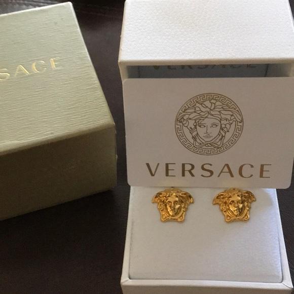 f7a5d4296 Versace Medusa Stud Earrings. M_5b800ac91b16dbe0dd0e3678